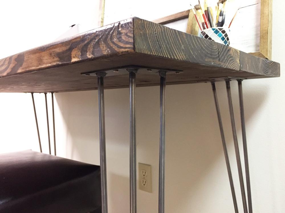 finished-desk-right-corner