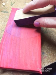 sanding-distressing-edges